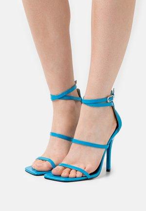 NICOLINA - Sandały - blue