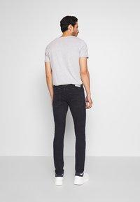 TOM TAILOR DENIM - CULVER PERFORMANCE - Jeans Skinny Fit - blue black denim - 2