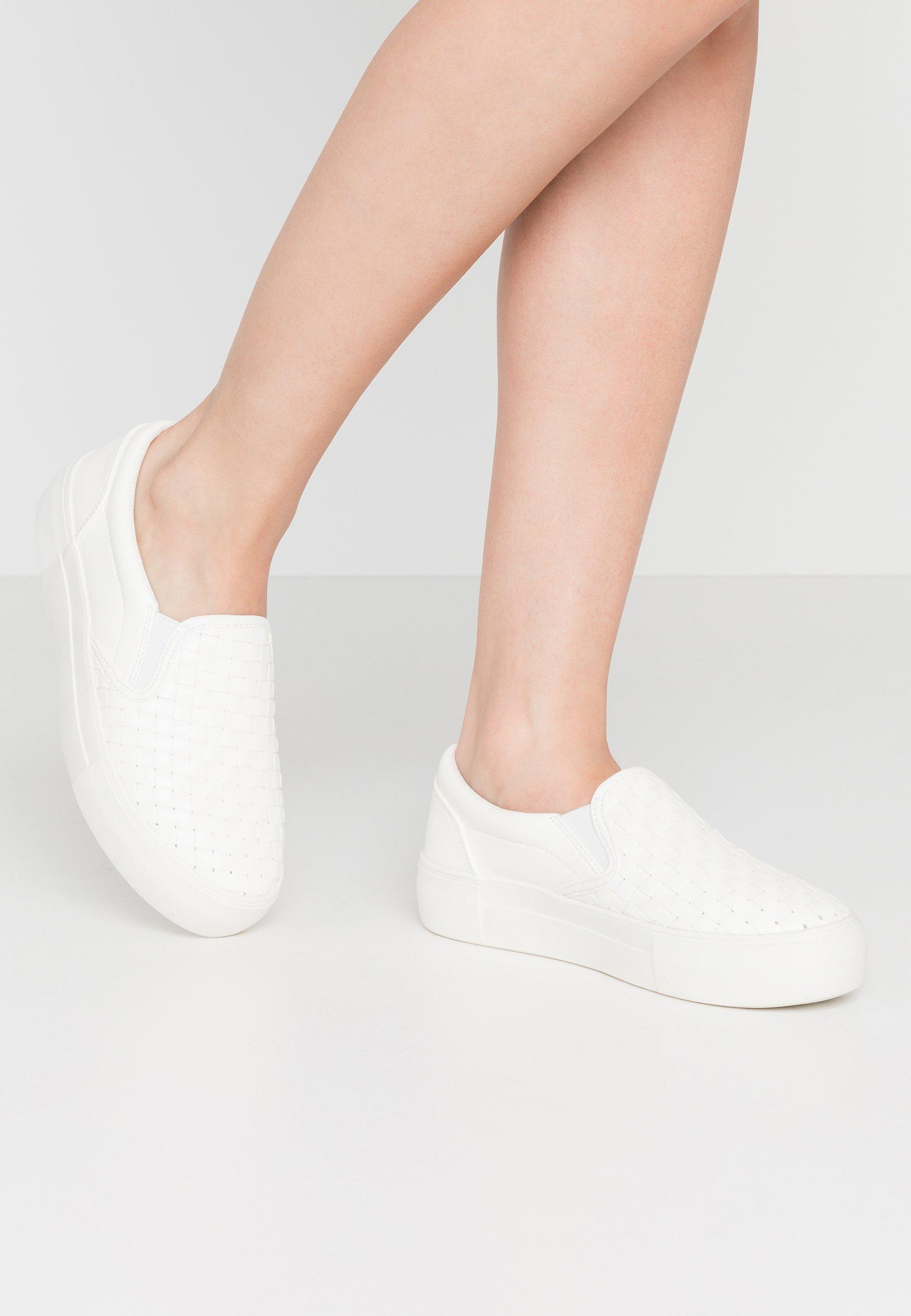 NA-KD BRAIDED TRAINERS - Mocassins - white - Mocassins & Chaussures bateau femme Qualité