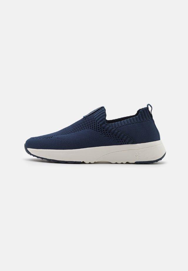 LOLETA  - Sneakers laag - navy