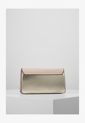 TWIST BAR CLUTCH - Kopertówka - gold