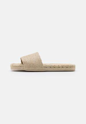 Domácí obuv - beige