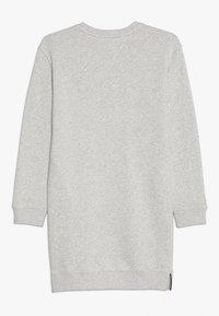 Tommy Hilfiger - CREW DRESS - Sukienka letnia - grey - 1