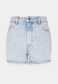 JACEY - Denim shorts - hellblau/weiß