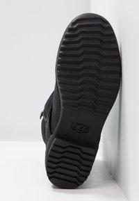 UGG - LORNA BOOT - Boots - black - 6