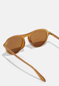 Urban Classics - SUNGLASSES KALIMANTAN UNISEX 3 PACK - Sunglasses - brown/grey/black - 4