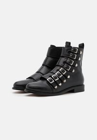 maje - FOR STRAP - Cowboy/biker ankle boot - noir
