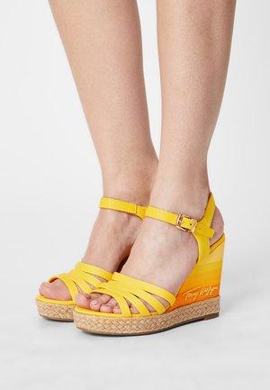 GRADIENT - Wedge sandals - vivid yellow
