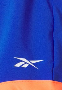 Reebok - SHORT - Pantalón corto de deporte - court blue - 5
