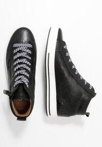 Gabor Comfort - Sneakersy wysokie - schwarz - 3