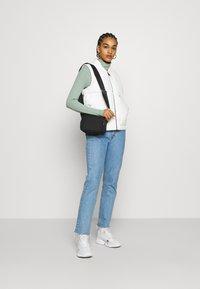 Carhartt WIP - BROOKE VEST - Waistcoat - off-white - 1
