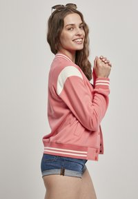 Urban Classics - LADIES INSET COLLEGE JACKET - Zip-up hoodie - palepink/whitesand - 3
