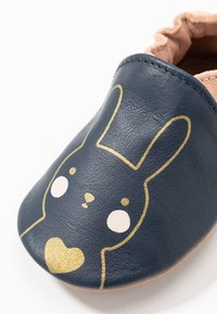 Robeez - GOLDY RABBIT - First shoes - marine/rose - 5