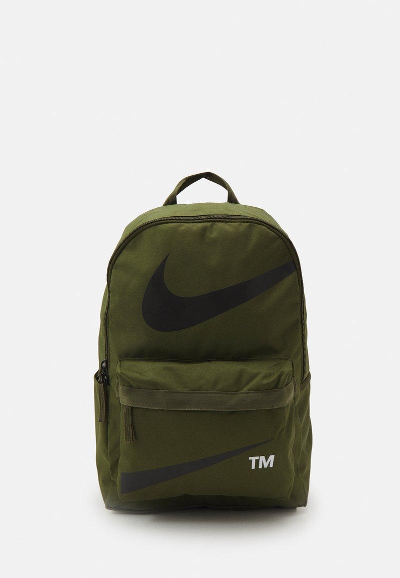 Nike Sportswear - HERITAGE UNISEX - Batoh - rough green/rough green/black