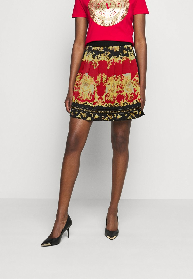 Versace Jeans Couture - LADY SKIRT - Pleated skirt - black/carmin