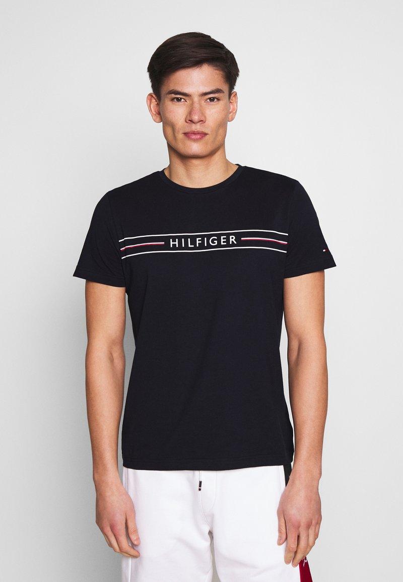 Tommy Hilfiger - CORP TEE - T-shirts print - blue