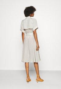 Club Monaco - TRENCH DRESS - Day dress - silver birch - 2