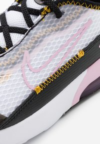 Nike Sportswear - AIR MAX 2090  - Baskets basses - white/light arctic pink/black/dark sulfur - 5