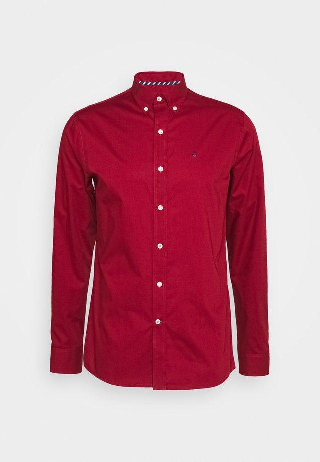 POPLIN SOLID - Zakelijk overhemd - merlot