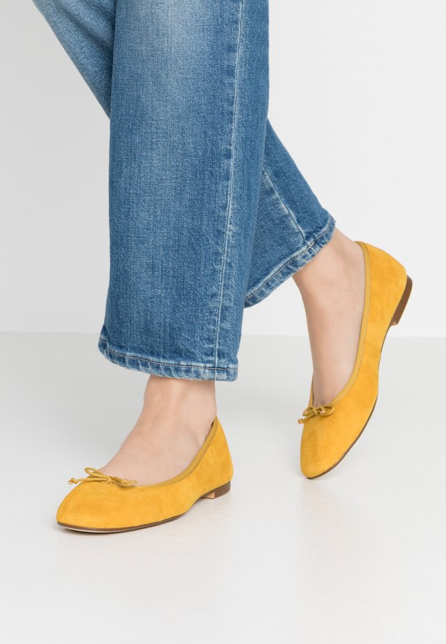 MAGDA  - Ballet pumps - yellow