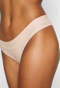 aerie - REAL ME BINDING THONG - String - natural nude - 4