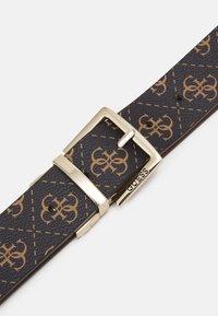 Guess - TYREN PANT BELT - Belt - brown - 3