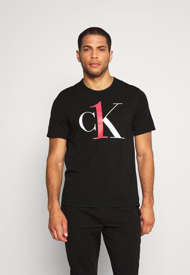 ONE GRAPHIC TEE CREW NECK - Camiseta de pijama - black