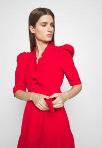 Hofmann Copenhagen - CIARA - Koktejlové šaty/ šaty na párty - fiery red - 4