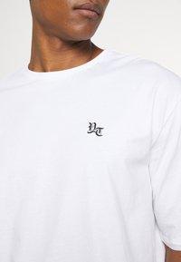 YOURTURN - UNISEX - T-shirts med print - white - 6