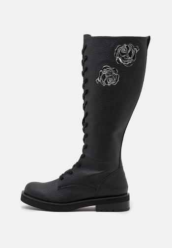 NEEDRA - Snørestøvler - black