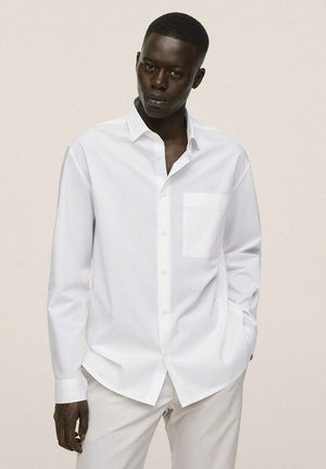 RELAXED FIT - Kostymskjorta - weiß