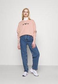 Hollister Co. - PUFF CREW - Sweatshirt - pink - 1