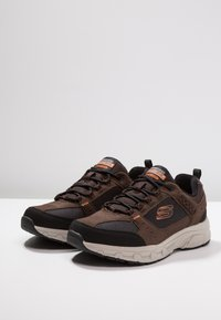 Skechers - OAK CANYON - Trainers - chocolate/black - 2