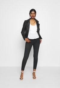River Island Petite - Jeans Skinny Fit - black - 1