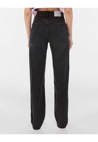 Bershka - Jeans a sigaretta - black - 2