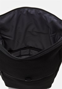 Jost - COURIER BAG  - Reppu - black - 2