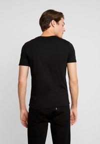 TOM TAILOR DENIM - T-shirt med print - black - 2