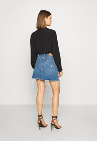 Levi's® - DECON ICONIC SKIRT - A-linjainen hame - stone blue denim - 2