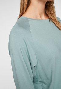s.Oliver - À NŒUDS DÉCORATIFS - Long sleeved top - light green - 3