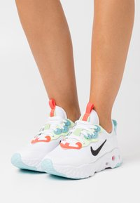 Nike Sportswear - REACT ART3MIS - Trainers - white/black/bright crimson/barely volt/glacier ice - 0