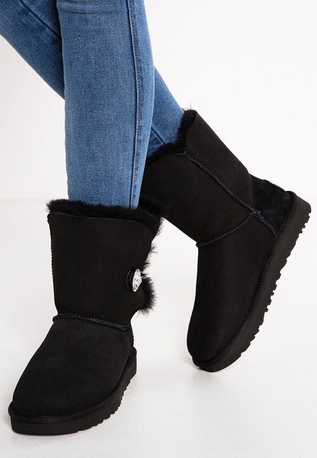 BAILEY - Zimní obuv - black