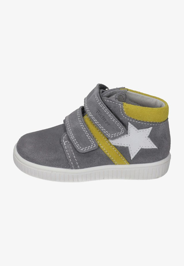 High-top trainers - stone/pineapple/white