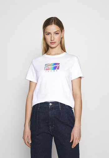 REGULAR METALLIC BOX TEE - Print T-shirt - white