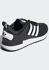 adidas Originals - SPORTS INSPIRED SHOES - Sneakers - black/white - 4