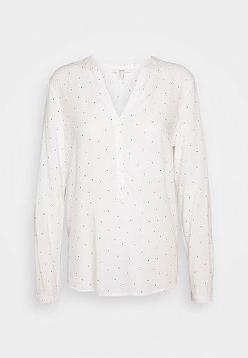 CORE FLUID  - Blusa - off white
