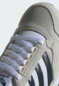 adidas Originals - ZX 500 UNISEX - Sneakers basse - ftwr white legend ink grey one - 6