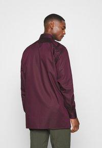 OLYMP - Luxor - Zakelijk overhemd - bordeaux - 2
