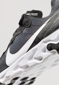 Nike Sportswear - REACT - Zapatillas - black/white - 9