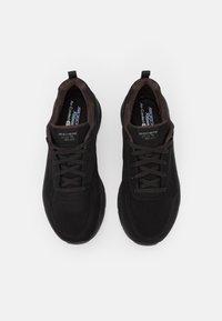 Skechers Sport - D'LUX WALKER - Sneakers laag - black - 5