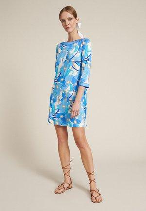 Jerseyklänning - var celeste geometrico